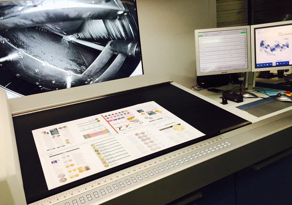 Monnaie Magazine inaugure la nouvelle presse 8 couleurs de l'Imprimerie Offset 5 Edition